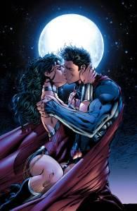 Justice League #12, Superman, Wonder Woman, kiss