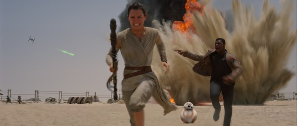 Rey, Finn, BB-8, Star Wars: The Force Awakens