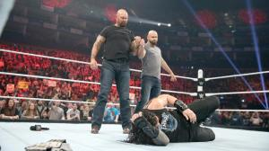 Luke Gallows Karl Anderson, Roman Reigns, WWE Raw, April 18, 2016