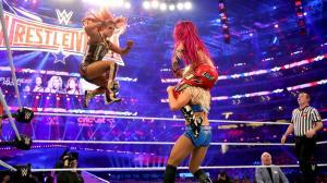 Becky Lynch, Sasha Banks, Charlotte, Wrestlemania XXXII