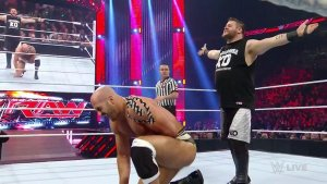 Kevin Owens, Cesaro, WWE Raw, May 2, 2016-