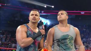 The Shining Stars, WWE Raw, September 5, 2016