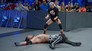 James Ellsworth, AJ Styles, WWE Smackdown, October 25, 2016