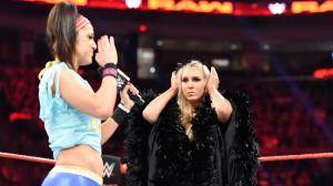 WWE Raw, December 19, 2016, Bayley, Charlotte Flair