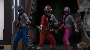 Three Rangers, Power Rangers Dino Fury, Destination Dinohenge